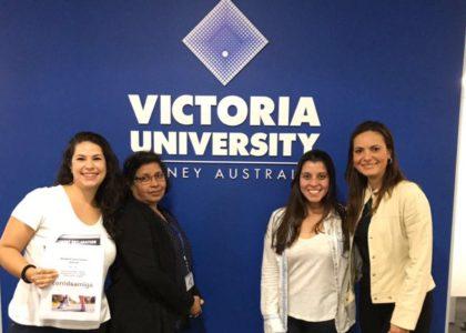 GENTE QUE INSPIRA – Corrida Amiga é case na Victoria University em Sydney – Austrália (Bruna Mendes, Claudia Stuchi e Roberta Andreolli)