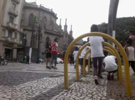 BONDE A PÉ COM A CRIANÇADA: atividade física e apropriação do espaço público